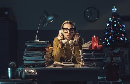 Eine CRM-Weihnachtsgeschichte: Schmidts Mitarbeiter im Stress